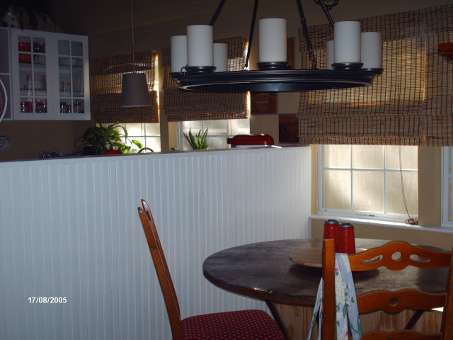 Dining area of 16' wide cottage