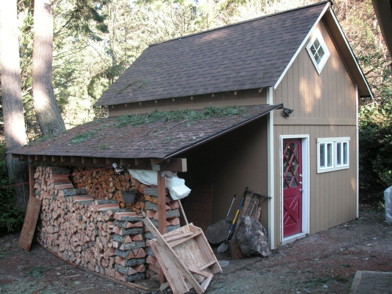 exterior of 14x18 workshop
