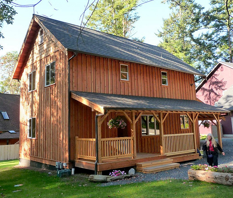 2 story universal cottage with side porch - Small Cottage Plans 2