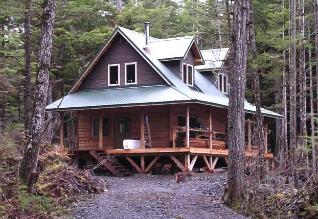 Alaska 1 1/2 Story Cabin