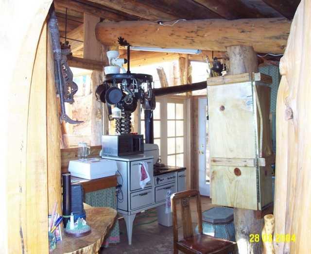 Underground Cob House Photo Story